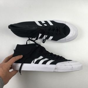 Adidas Black Matchcourt X0314719